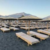 Ξαπλώστρες παραλίας (13)